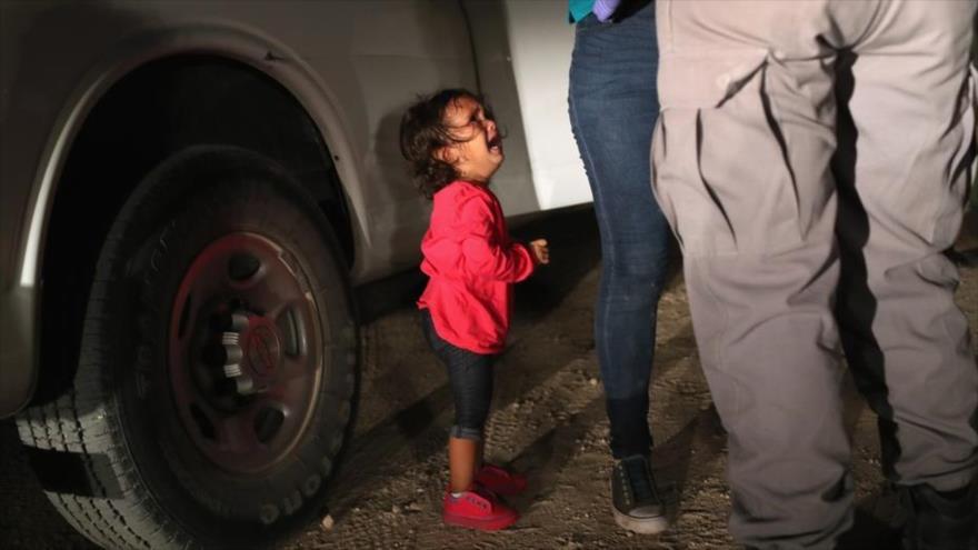 Agente fronterizo se burla de llanto de niños: Tenemos una orquesta