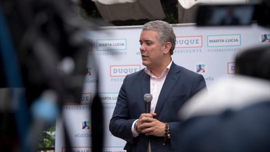 Presidente electo de Colombia asegura que presionará a Venezuela