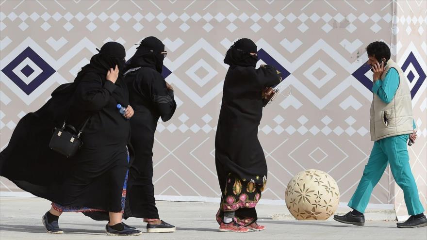 Arabia Saudí detiene a otras dos defensoras de derechos de la mujer | HISPANTV