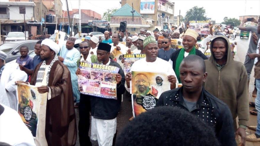 Miembros del Movimiento Islámico de Nigeria protestan en Kaduna por pedir la liberación del sheij Ibrahim al-Zakzaky, 20 de junio de 2018.