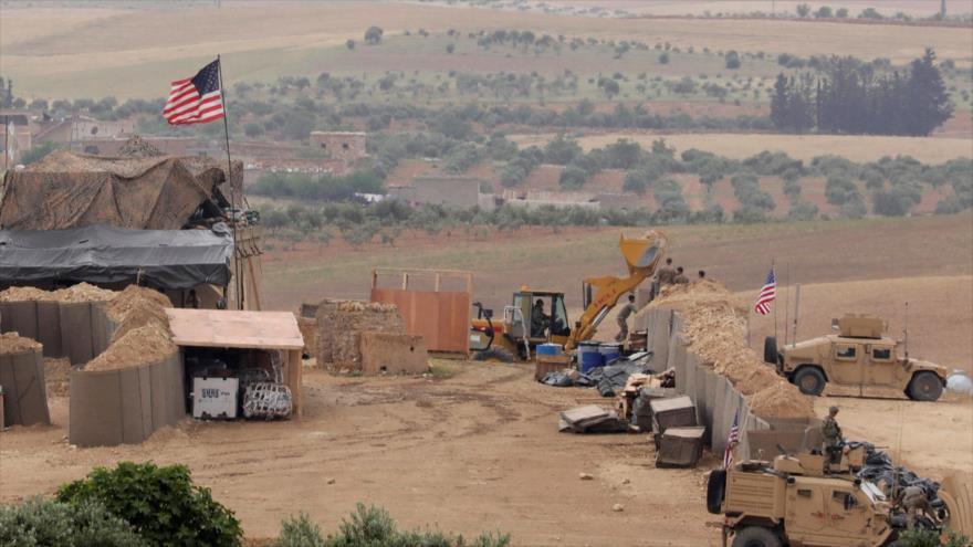 El proceso de la construcción de una nueva base militar de EE.UU. en Manbiy, en el norte de Siria.