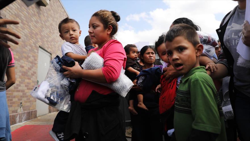EEUU pretende alojar a 20 mil niños inmigrantes en bases militares