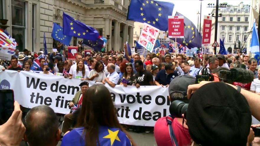 Británicos exigen nuevo referéndum sobre el Brexit en Reino Unido