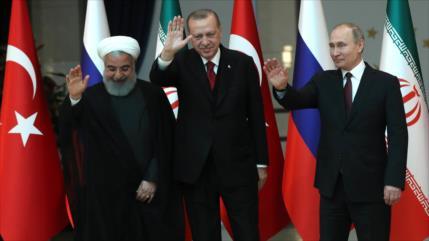Rohani y Putin felicitan a Erdogan por su reelección en Turquía