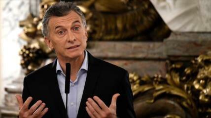 """Macri ofrece """"diálogo"""" ante paralizante huelga en Argentina"""