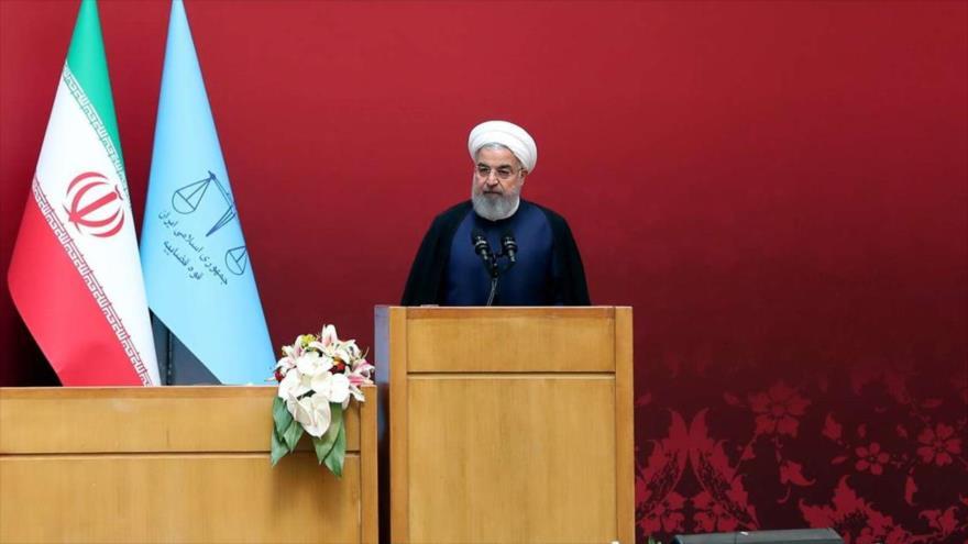 Rohani: 'Irán tiene derecho a enriquecer uranio con fines pacíficos'