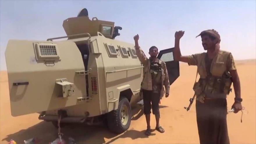 Fuerzas yemeníes toman montaña estratégica cerca de frontera saudí