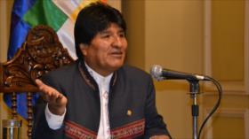 Morales denuncia injerencia de EEUU en persecución contra Correa