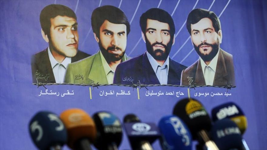 Los cuatro diplomáticos iraníes secuestrados en El Líbano en 1982.