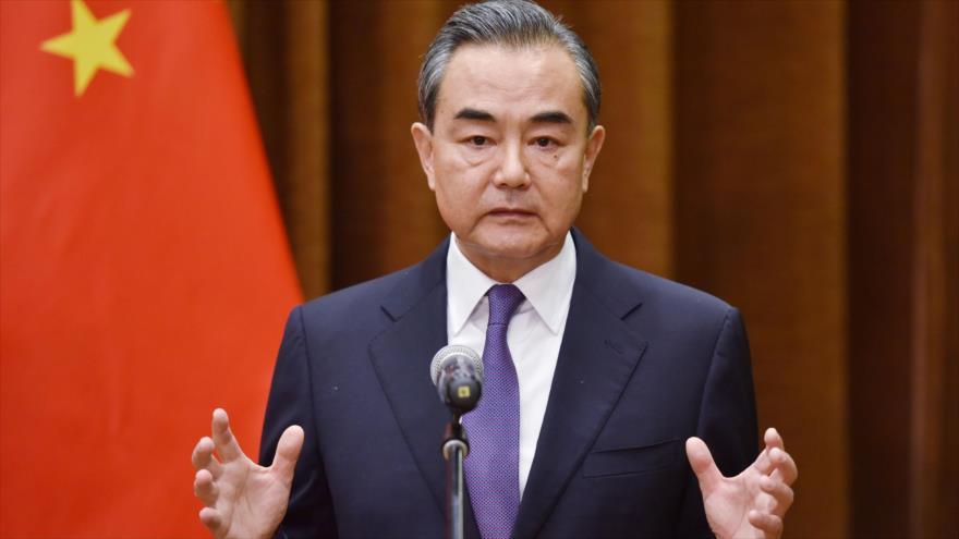 China pide 'decisiones enérgicas' para salvar acuerdo nuclear con Irán