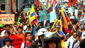 Miles salen a las calles en Ecuador para respaldar a Rafael Correa