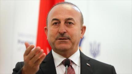 Turquía: Tomaremos represalias si EEUU sanciona compra de S-400