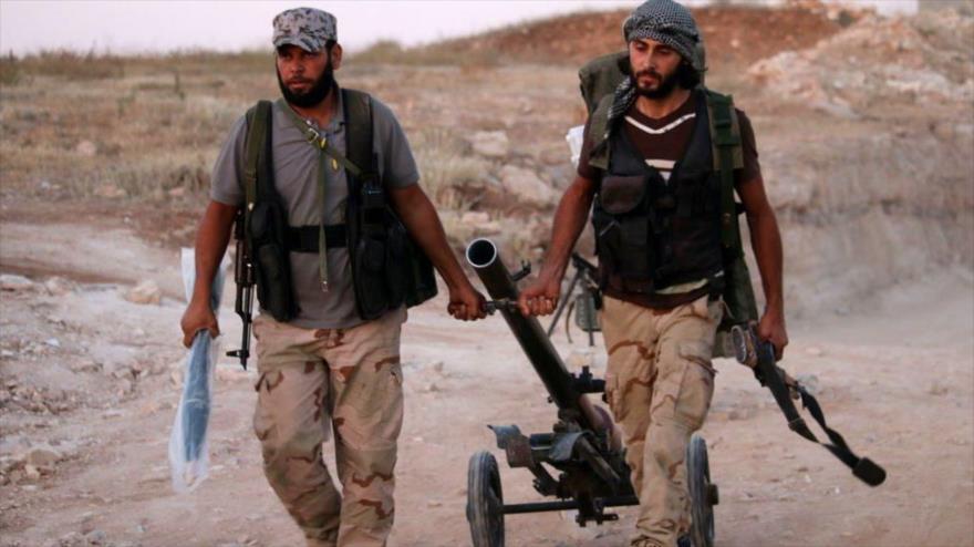 'Rebeldes' activos en sur de Siria aceptan entregar armas pesadas