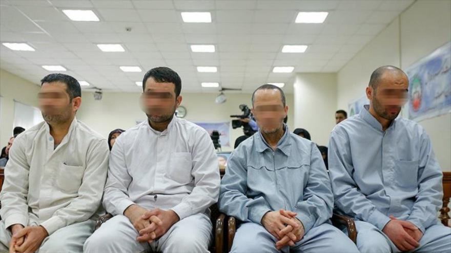 Un tribunal iraní ordena ejecutar a 8 terroristas de EIIL