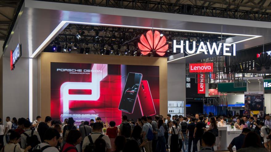 Huawei en la Conferencia Mundial de Telefonía Móvil de Shanghái, China, 27 de junio de 2018.