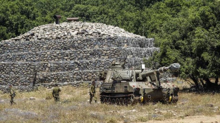 Un tanque israelí desplegado en los altos ocupados de Golán, 1 de julio de 2018..