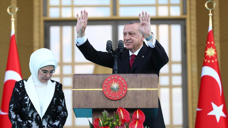 Erdogan asume la Presidencia turca con plenos poderes ejecutivos