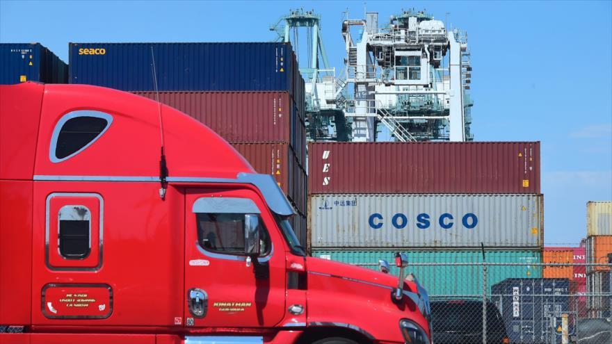 Cargamentos de mercancías en un puerto en California, en Estados Unidos, 6 de julio de 2018.
