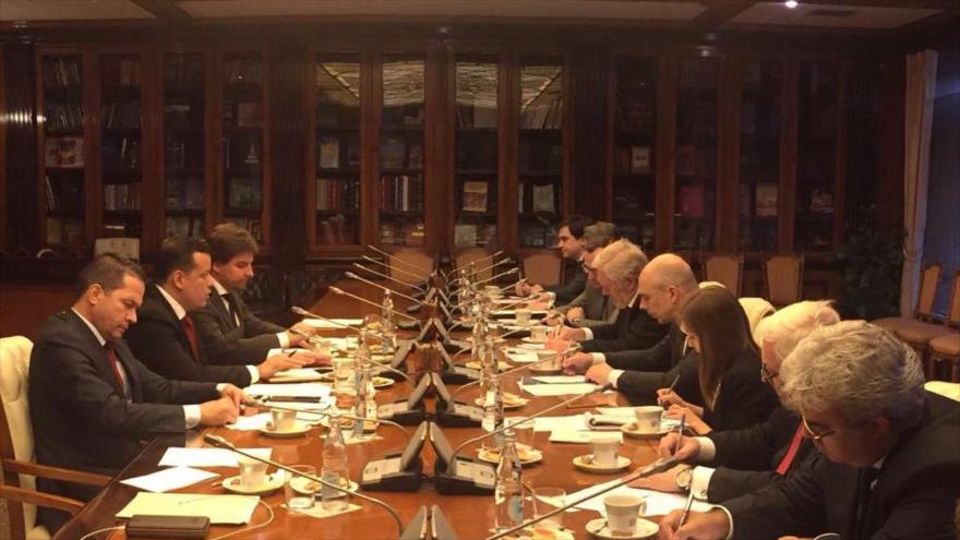La reunión de las delegaciones comerciales de Venezuela y Rusia en Moscú, 11 de julio de 2018.