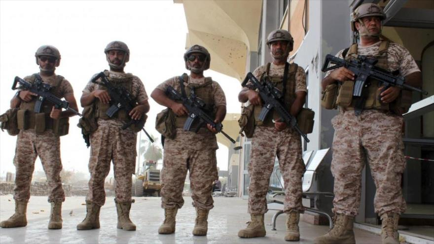 Soldados emiratíes desplegados en el territorio yemení.