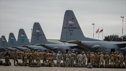 Alemanes apoyan salida de los 35 000 militares de EEUU de su país