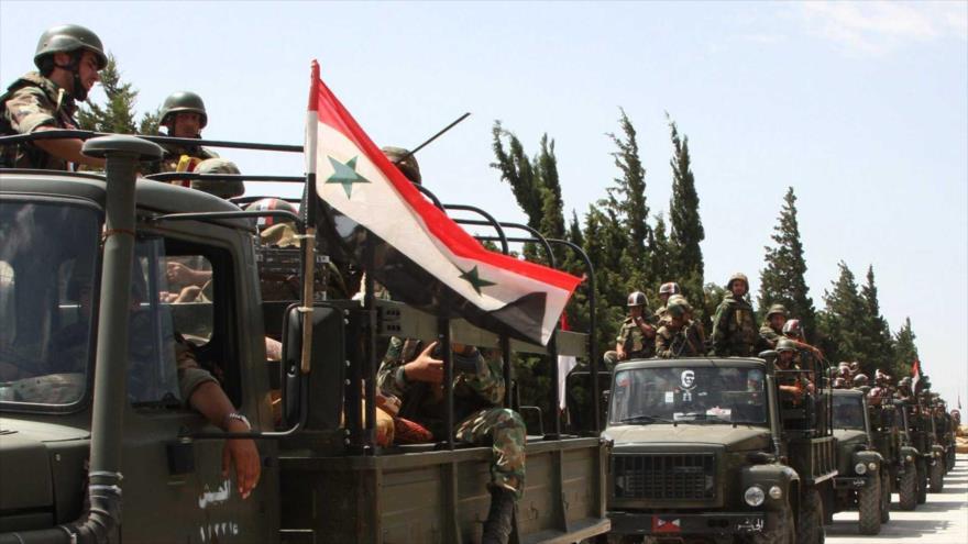 Ejército sirio envía un gran convoy militar cerca de Golán ocupado