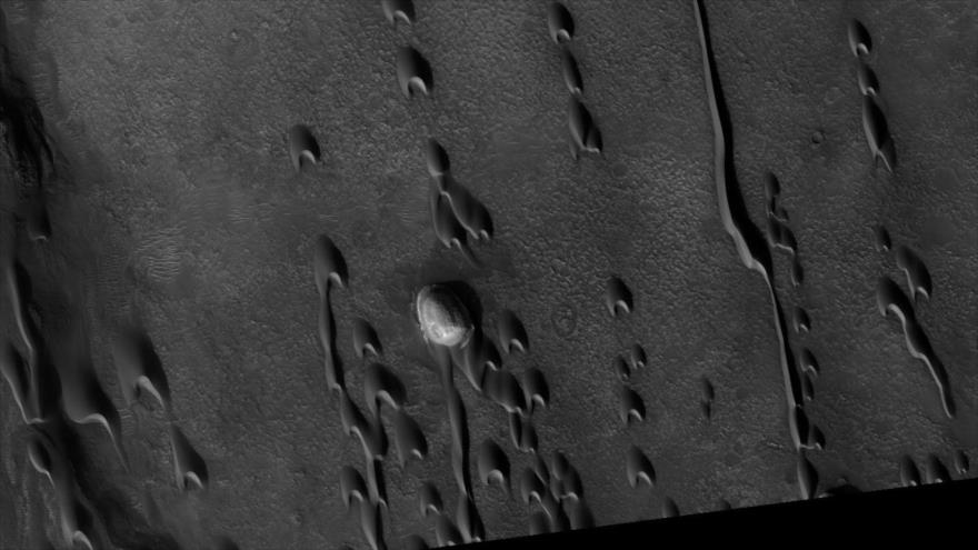 Imagen de las dunas de Marte tomada por la Administración Nacional de la Aeronáutica y del Espacio de EE.UU. (NASA, en inglés).