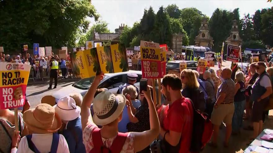 Británicos protestan contra la visita de Donald Trump