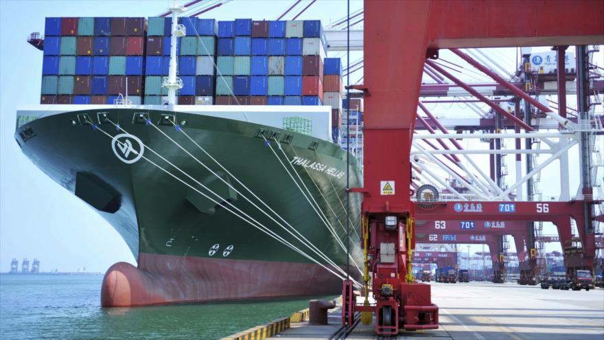 El puerto de Qingdao, segundo mayor puerto abierto al comercio exterior de China (noreste).