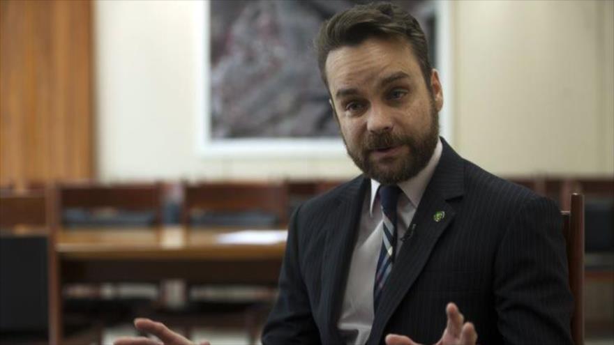 'EEUU viola 'derechos humanos básicos' al separar a familias' | HISPANTV