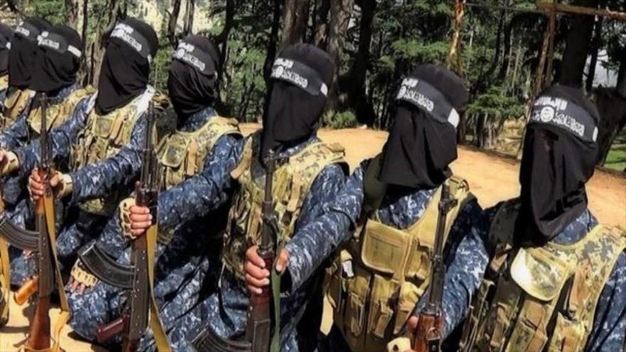 Terroristas de la banda takfirí EIIL (Daesh, en árabe) en Afganistán.
