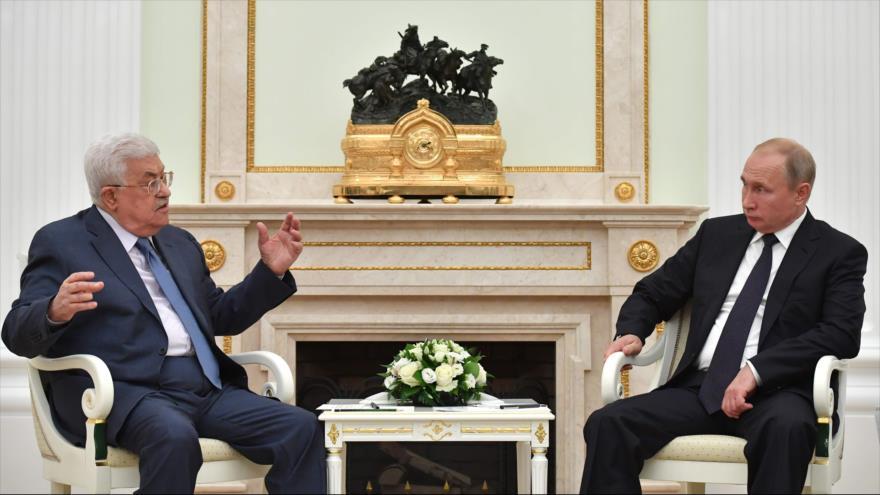Abás rechaza 'plan de paz' de Trump en un encuentro con Putin