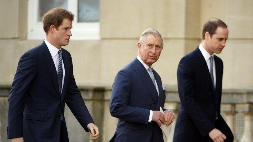 Trump fue recibido por Isabel II en el castillo de Windsor