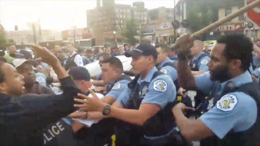 Protestan en Chicago contra asesinato de un negro por un policía