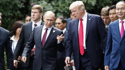 """Trump va con """"bajas expectativas"""" a reunión con Putin"""