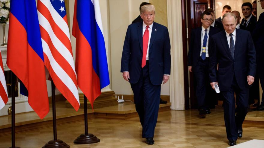 Congresistas de EEUU critican cobardía y debilidad de Trump ante Putin