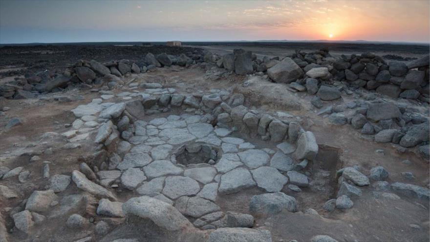 Uno de los hogares (centro de la imagen) donde se descubrieron restos similares a pan en Shubayqa 1, en Jordania.