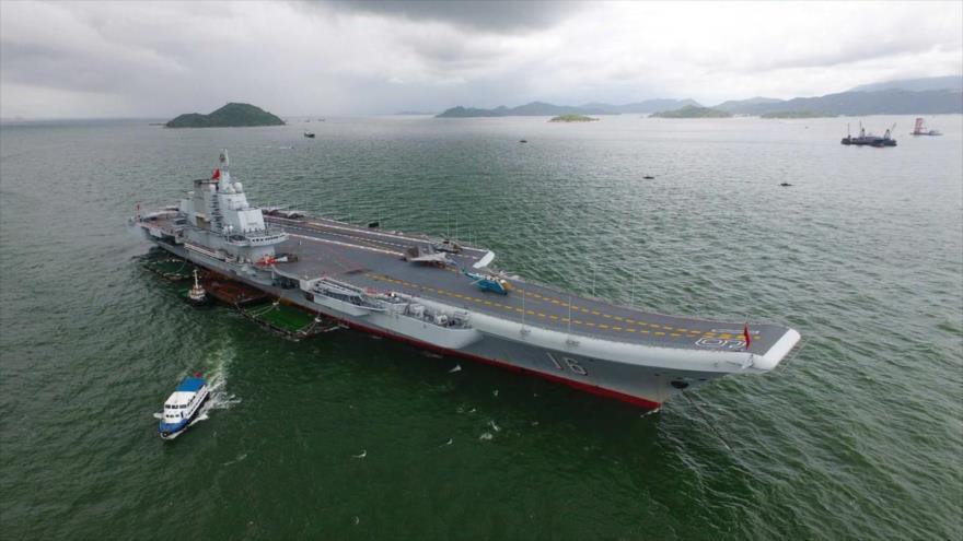 El portaviones de la Armada de China Liaoning.