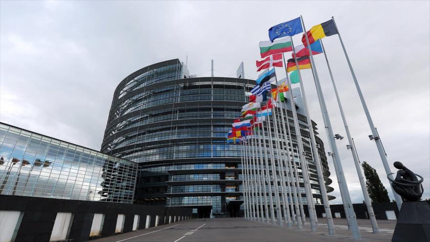 UE pone en vigor su represalia ante la guerra arancelaria de EEUU