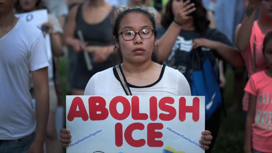 Inmigrantes latinas sufren abuso sexual durante detención en EEUU