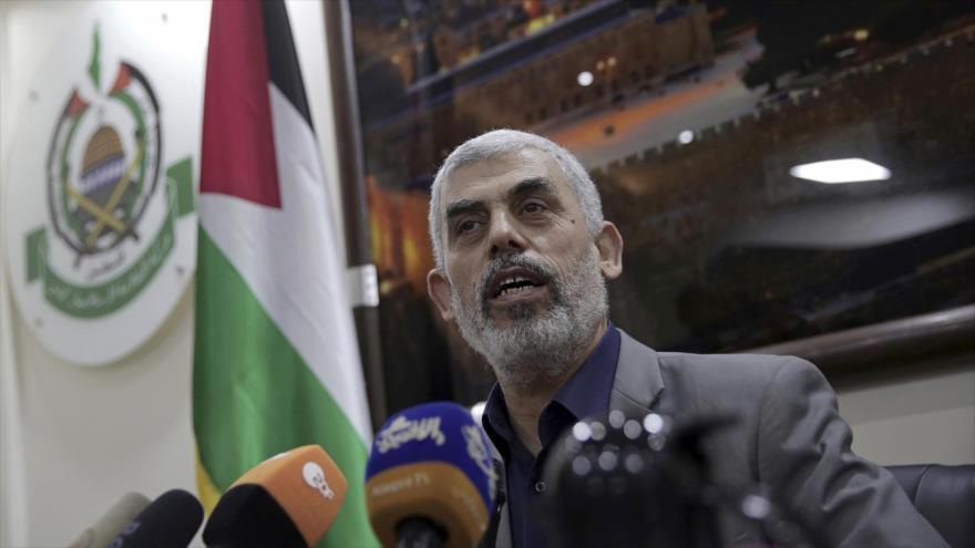 Yahya Sinwar, líder del Movimiento de Resistencia Islámica de Palestina (HAMAS), ofrece una rueda de prensa en Gaza.