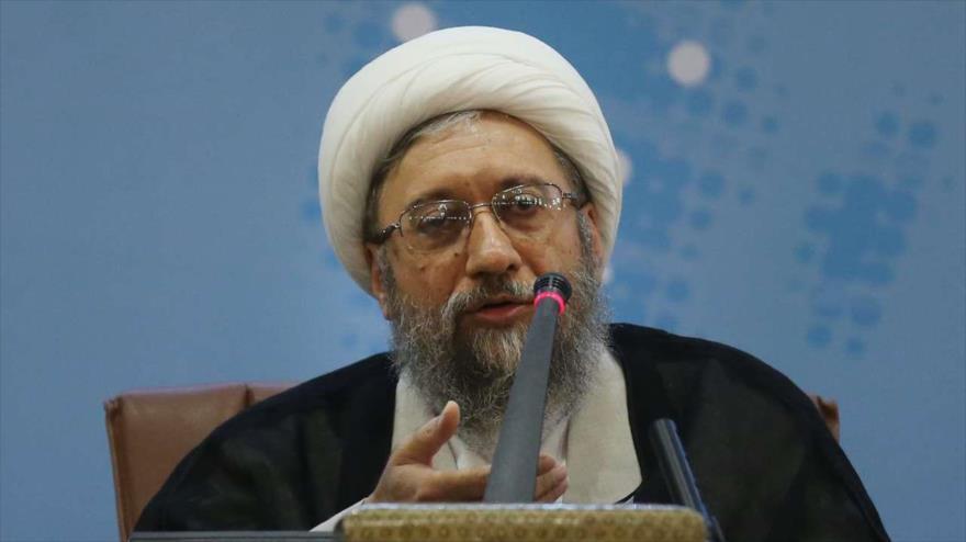 Irán promete respuesta 'inolvidable' a todo acto 'ilógico' de EEUU
