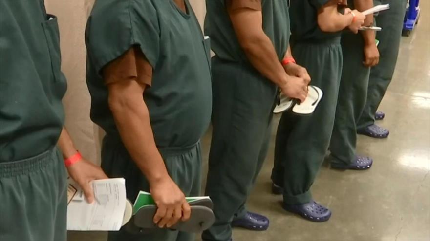 ICE niega huelga de hambre en centros de detención en California