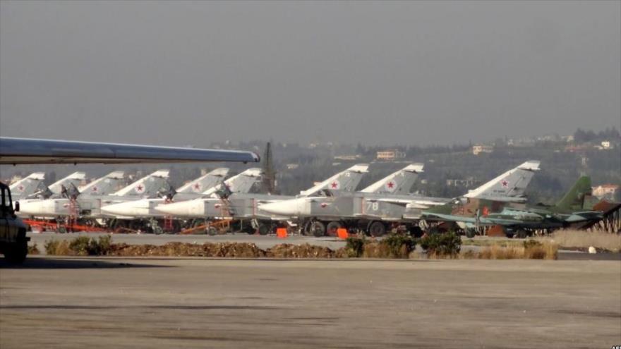 Drones 'rebeldes' atacan base aérea rusa de Hmeimim en Siria