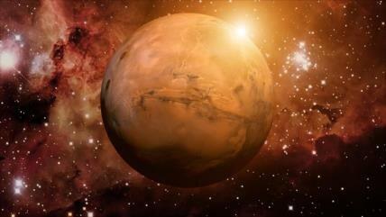 Importante hallazgo: Descubren un lago de agua líquida en Marte