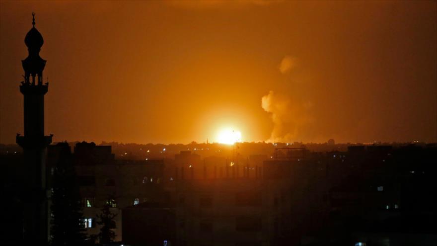 Explosiones de los ataques lanzados por el ejército de Israel contra la Franja de Gaza, 20 de julio de 2018.