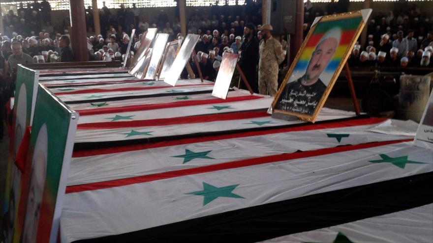 Hezbolá: Daesh ataca al sur de Siria con asistencia de EEUU