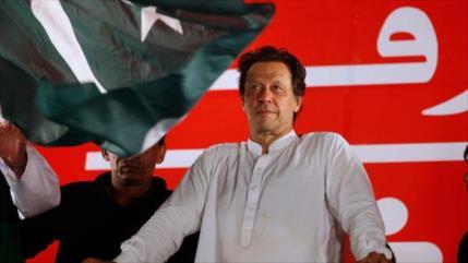 Imran Jan gana elecciones y se convierte en premier de Paquistán