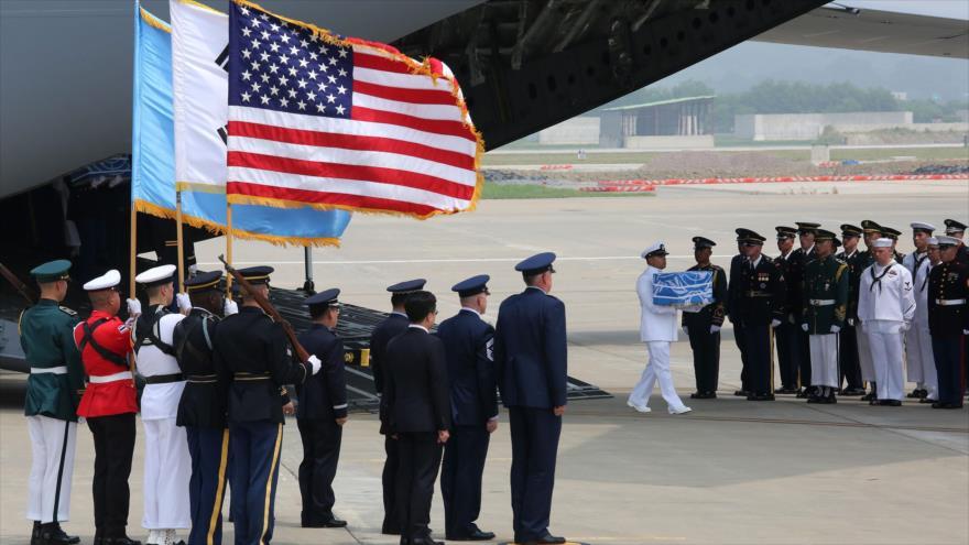 Pyongyang entrega a EEUU restos mortales de soldados caídos en guerra