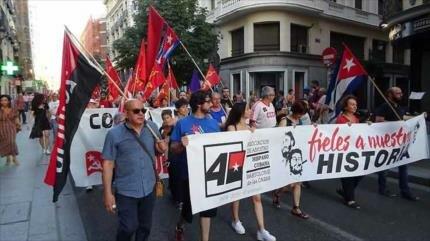 Marcha en España pide fin de bloqueo de EEUU a Cuba